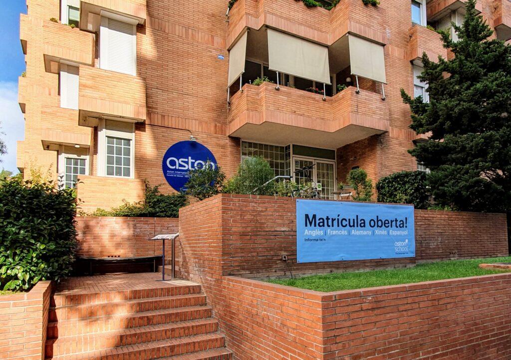 Academia de inglés en Barcelona. Fachada